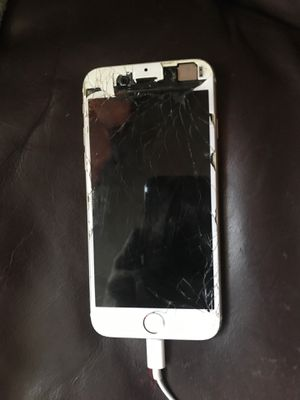 iphone 6 *read description * for Sale in Fort Belvoir, VA