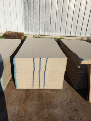 Exterior Siding (NO LINES) 4x8 Sheets 1/2in Thickness each 25$ for Sale in Dallas, TX