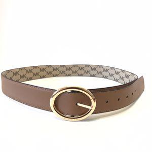 Michael Kors reversible belt. Size large for Sale in St. Cloud, FL