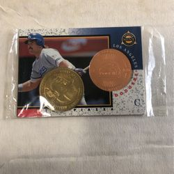 CARD MIKE PIAZZA MINT COIN CARD NEW PACK WAX for Sale in Downey,  CA