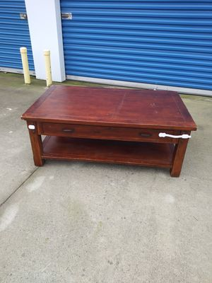 Coffee table....18 H ..... 48 W....29 D for Sale in Modesto, CA