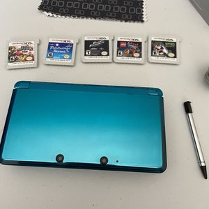Nintendo 3DS console with games for Sale in San Diego, CA