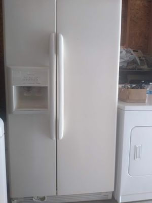 Kenmore Side by Side Refrigerator for Sale in Houston, TX