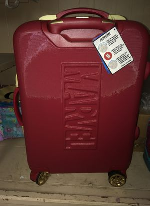 Brand new Red marvel carry on suitcase for Sale in Elizabeth, NJ