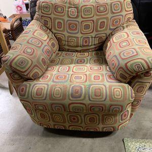 Free Sofa for Sale in Kirkland, WA