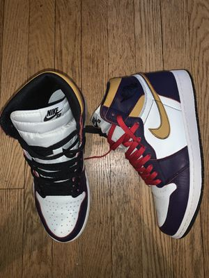 """NIKE AIR JORDAN 1 HIGH OG RETRO """"LA TO CHICAGO"""" (M) SIZE 10 for Sale in New York, NY"""