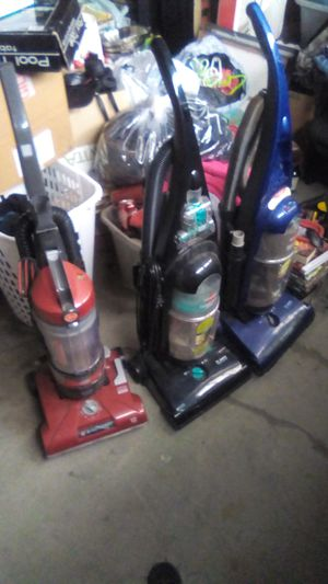 3 vacuums all need to be cleaned, all power up $10 all for Sale in Hemet, CA