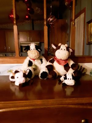 Cow family soft toy set for Sale in Rustburg, VA