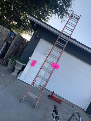28ft ladder for Sale in Clovis, CA