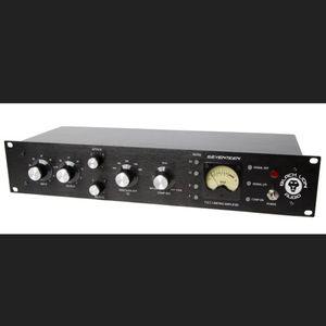 Black Lion Audio Seventeen FET compressor for Sale in St. Helens, OR