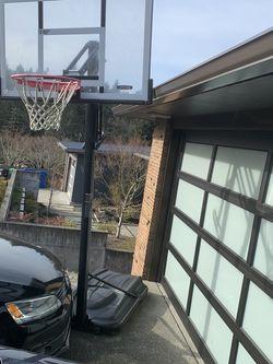 Lifetime Basketball Hoop for Sale in Seattle,  WA