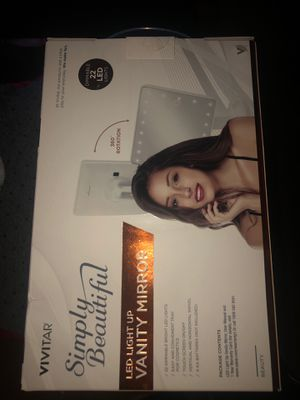 Vivitar Simply Beautiful LED Lighted Vanity Mirror | for Sale in Austin, TX