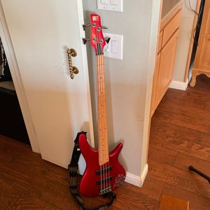 Ibanez SR300M Electric Bass Guitar (w/Music Stand) for Sale in San Diego, CA