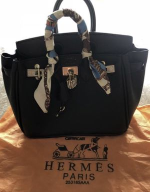 Hermés Bag with a Dust cover for Sale in Biscayne Park, FL