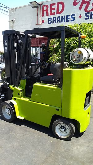 Clark forklift propane gas 8000 lbs for Sale in El Monte, CA