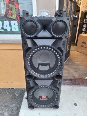 Bluetooth speaker 12,000 watts for Sale in Fontana, CA