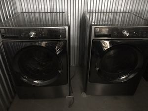 Kenmore washer and dryer like new for Sale in Inglewood, CA