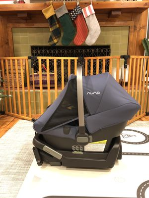 Nuna Pipa Lite LX infant car seat for Sale in Burbank, CA