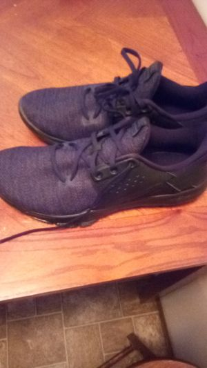 Nike flex control shoes size 11 for Sale in Rolla, MO