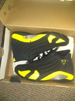 Thunder 14s pickup only for Sale in New Britain, CT