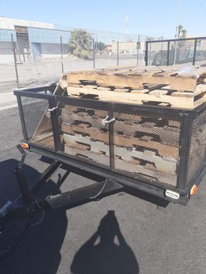 I collect free pallets for Sale in Las Vegas, NV