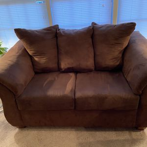 Chocolate brown Sofa And Love Seat for Sale in Arlington, VA
