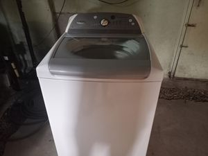 Whirlpool for Sale in South Windsor, CT