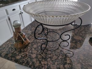 Kitchen Fruit Bowl & Decor for Sale in Moreno Valley, CA