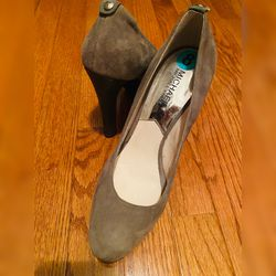 Michael Kors Grey Suede Velvet Platform Pumps, Size: 8 for Sale in Lorton,  VA