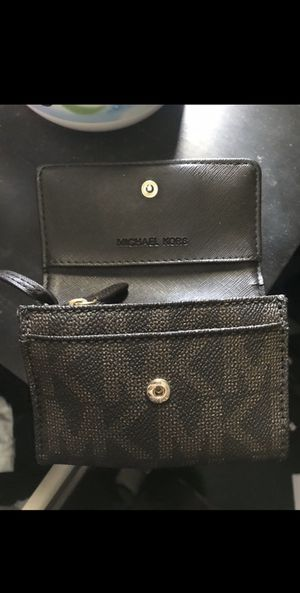 Michael Kors ( MK ) small wallet for Sale in Industry, CA