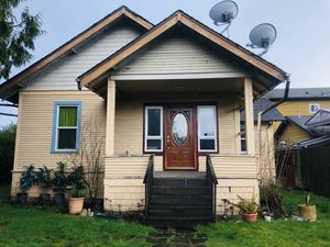 3 Bed 3 Bath 2090 sq ft Home in Seattle, White Center! for Sale in Burien, WA