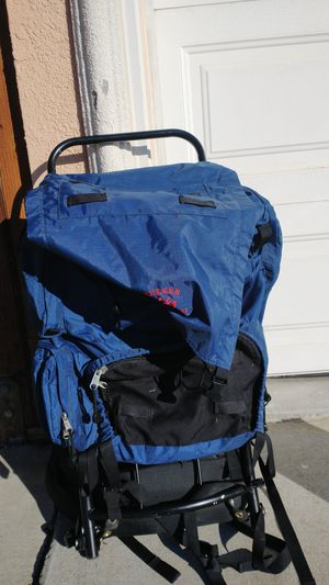 REI TREKKER Sierra Crest Hard Frame backpack Modern pack with new features & adjustments Perfect w/ spare parts Camping back Half Moon Bay for Sale in Hayward, CA