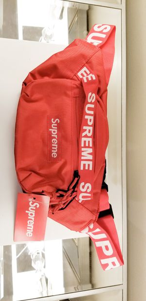 Brand New!! Supreme shoulder/ Waist Fanny Pack. Available In Red And Blue.. for Sale in Chicago, IL