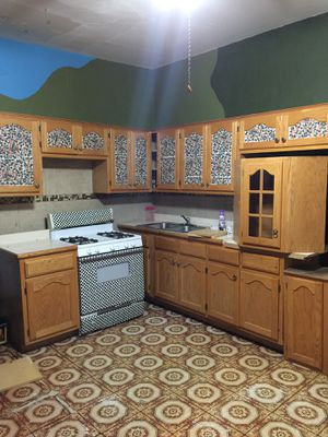 Kitchen cabinets 300 obo for Sale in Chicago, IL