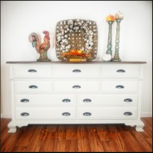 Dresser for Sale in Virginia Beach, VA