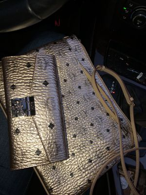 Mcm Crossbody Small & Large for Sale in Houston, TX