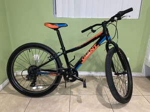 "Giant XTC JR 24"" 7 speed for Sale in Santa Fe Springs, CA"