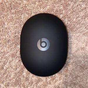 Wireless studio 3 Beats headphones/Gray and gold for Sale in Wilmington, NC