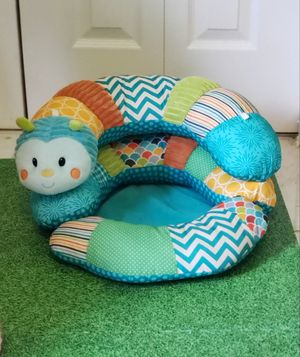 Infantino Prop-A-Pillar Tummy Time & Seated Support for Sale in Tamarac, FL