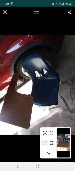 Kids school desk for Sale in Phoenix, AZ