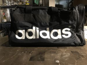 Adidas gym duffle bag great condition! Clean and barely used for Sale in Stockton, CA