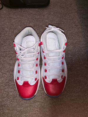 Reebok Question Mid Pearlized Red (2012) for Sale in Bronx, NY
