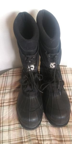 Rugged exposure mens water proof boots . size 10 for Sale in Tacoma, WA
