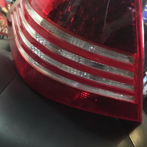 Mercedes Benz S500 Tail Light for Sale in Henderson, NV