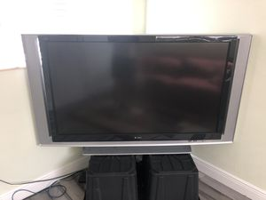 """Sony 60"""" projection TV - FREE for Sale in Palmetto Bay, FL"""