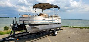 2005 pontoon boat for Sale in McKinney, TX