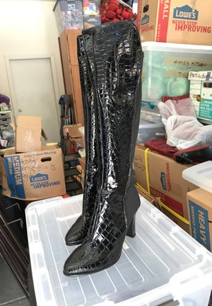 Brand new women's boots, size 9 for Sale in Las Vegas, NV