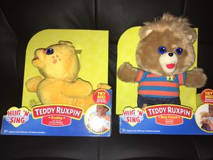 New Teddy Ruxpin and Grubby Hug N Sing for Sale in Miami, FL
