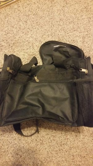 Duffle bag for Sale in Fresno, CA