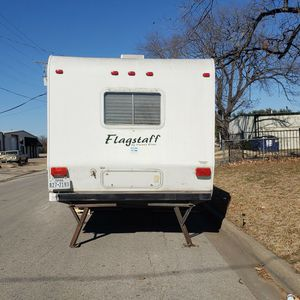 2005 Flagstaff 33ft Travel Trailer for Sale in North Richland Hills, TX